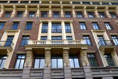 Czerep mieszkaniowy powikłany ` Szlachetny Gniazdowy ` w Bolshoy Levshinsky pasie ruchu Moskwa Zdjęcia Royalty Free