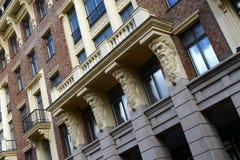 Czerep mieszkaniowy powikłany ` Szlachetny Gniazdowy ` w Bolshoy Levshinsky pasie ruchu Moskwa Zdjęcie Royalty Free