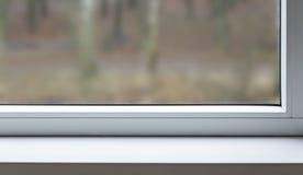 Czerep okno z zamazanym tłem na zewnątrz okno pojęcia tła energii obraz ilustracji