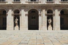 Czerep podwórze Royal Palace w Madryt fotografia royalty free