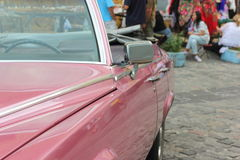 Czerep różowy Cadillac obraz stock
