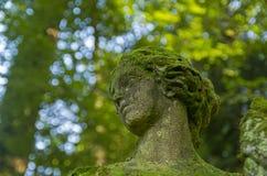 Czerep stare statuy - zakrywającej kobiety głowa Zdjęcia Stock