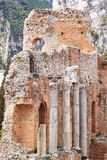 Czerep starożytny grek świątynia w dolinie świątynie Podróż wyspa Sicily plenerowy Selekcyjna ostrość fotografia royalty free