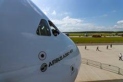 Czerep wielki pasażerski samolot w światowym Aerobus A380-800 Zdjęcia Stock