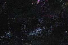 Czerni malującą metal teksturę z smudges, narysy i błękit błyska obrazy stock