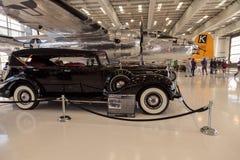 Czerni Packard modela 1708 sporta 1939 faeton zdjęcie stock