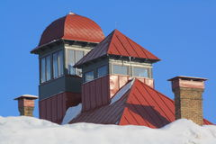 czerwień dach góruje Obrazy Stock
