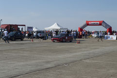 Czerwień sportów samochód na biegowym obwodzie na Resinge ` s Wlec Zdjęcie Royalty Free