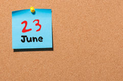 Czerwiec 23rd Dzień 23 miesiąc, koloru majcheru kalendarz na zawiadomienie desce młodzi dorośli Opróżnia przestrzeń dla teksta Obraz Royalty Free