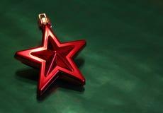 czerwona świątecznej świecąca gwiazda Obraz Royalty Free