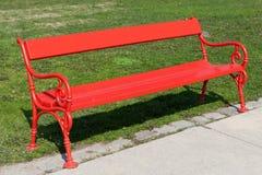 Czerwona ławka Fotografia Stock