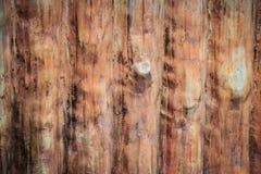 Czerwona betonowa ściana robić jak drewniane bele Betonowa tekstura robić Zdjęcia Stock