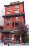 Czerwona Chińska pagoda w Paryż w osiem okręg, Francja Obrazy Stock
