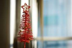 Czerwona choinka zdjęcie royalty free
