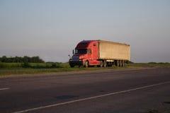 czerwona ciężarówka Fotografia Royalty Free