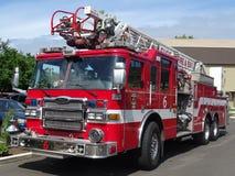 czerwona ciężarówka przeciwpożarowa zdjęcia royalty free