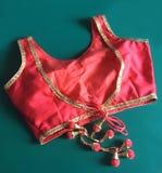Czerwona damy bluzka zdjęcia royalty free