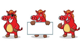 Czerwona Dzika Świniowata maskotka szczęśliwa Zdjęcia Stock