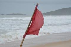 Czerwona flaga Zdjęcia Royalty Free