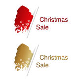 Czerwona i złota choinka z etykietką dla reklamowego teksta na białym tle, majchery z cieniem Fotografia Stock