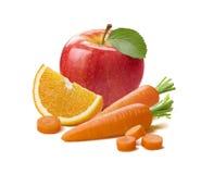 Czerwona jabłczana pomarańczowa marchewka odizolowywająca na białym tle Obraz Stock