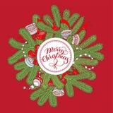 Czerwona kartka bożonarodzeniowa z świerkowymi gałąź, dekoracjami i literowaniem, ilustracja wektor