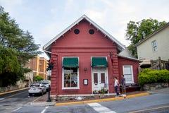 Czerwona Kurna restauracja, frontowy widok Zdjęcia Royalty Free