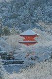 Czerwona pagoda przy Kiyomizu-dera świątynią Zdjęcia Stock
