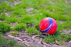 Czerwona piłka Zdjęcia Royalty Free