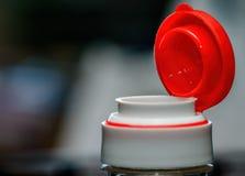 Czerwona plastikowa butelki nakrętka Fotografia Royalty Free