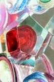 Czerwona poligonalna rocznik waza na sprzedaży przy ulicznym rynkiem, Chiavari, Zdjęcie Royalty Free