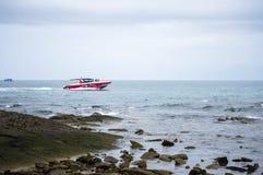 Czerwona prędkości łódź Obrazy Royalty Free