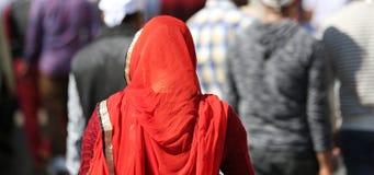 Czerwona przesłona Sikhijska kobieta obrazy royalty free