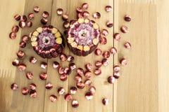 Czerwona słodka kukurudza na drewnie, Siam rubinu królowa obrazy royalty free