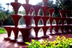 Czerwona wodna fontanna w Elche mieście w Alicante prowincji, Hiszpania fotografia royalty free