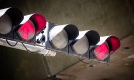 Czerwone światło przy skrzyżowaniem Obrazy Stock