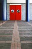 czerwone drzwi Obrazy Royalty Free