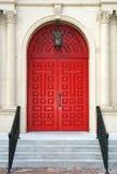 czerwone drzwi kościelne Zdjęcie Royalty Free