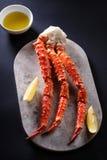 Czerwone królewiątko kraba nogi Zdjęcie Stock