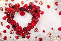 Czerwone róże w kształcie serce Zdjęcia Royalty Free