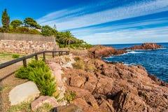 Czerwone skały Esterel francuz Riviera, Francja Fotografia Stock