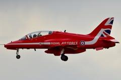 CZERWONE strzały Royal Air Force JASTRZĘBIA samolot zdjęcia royalty free