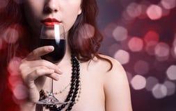 czerwone wino szklana kobieta Fotografia Royalty Free