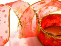 czerwone wstążki świąteczne zdjęcie stock