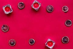 Czerwonego koloru set z karmowym odgórnego widoku egzaminem próbnym up Obrazy Stock