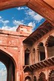 Czerwonego piaskowa łuki wewnętrzny podwórze Agra rewolucjonistki fort Obrazy Royalty Free