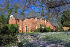 Czerwonej cegły dom w drewnie Zdjęcia Royalty Free