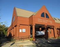 Czerwonej cegły urząd pocztowy przy zmierzchem Obrazy Royalty Free