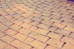 Czerwonej cegły brukowi kamienie na chodniczku zdjęcie stock