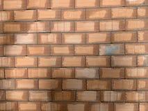 Czerwonej ceg?y tekstura Wielka czerwona ?ciana z cegie?, europejski brickwork z naturalnymi defektami, narysy, p?kni?cia, crevic obraz royalty free
